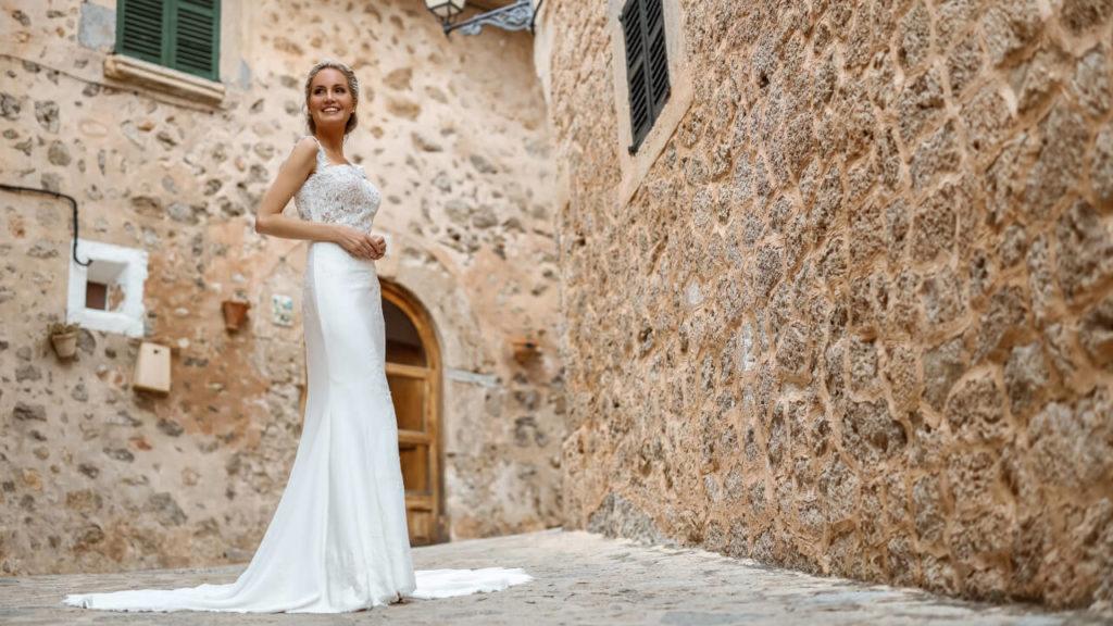 Royal Moments Braut- und Abendmode in Remagen